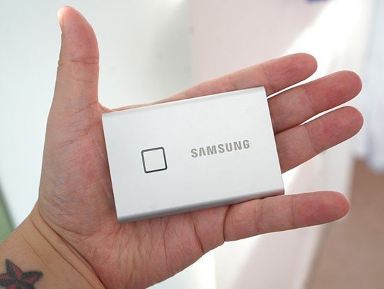 danh gia o cung samsung t7 touch 1